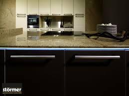 granitküchen vorteile gestaltungstipps kosten
