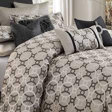Michael Amini Bellingham Court Luxury Bedding Set CMW Sheets