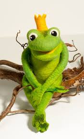 100 King Of The Frogs Frog FROGS Kermit Felt Dolls