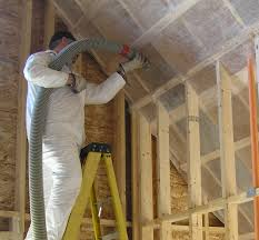 Hanging Drywall On Ceiling Trusses by How To Install Cellulose Insulation Greenbuildingadvisor Com