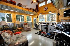 Beautiful Rustic Garage Man Cave Ideas Selection