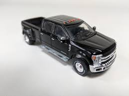 100 King Ranch Trucks 164 2018 Ford F350 Dually In Shadow Black Town And