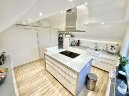 ikea küche weiß grau wildeiche matt dachschräge küche weiß