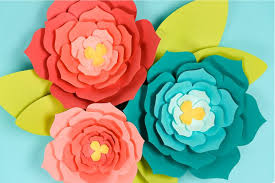 Make These Giant Paper Flowers Using My Template Hand Cut Or SVG For The Cricut