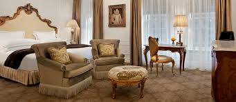 New York Hotels With Family Rooms by Rooms U0026 Suites The Plaza Hotel New York