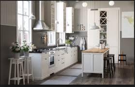 küchenmontage handwerker monteur schreiner aufbau ikea küchen