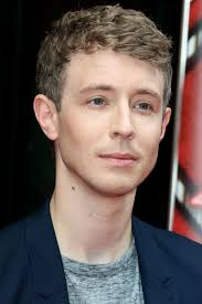 Halloween Wars 2015 New Host by Matt Edmondson Replaces Reggie Yates As Host Of Release The Hounds