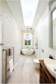 Small Narrow Bathroom Design Ideas by The 25 Best Small Narrow Bathroom Ideas On Pinterest Narrow