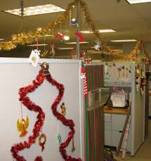 Christmas Cubicle Decorating Contest Flyer by How To Run A Christmas Cubicle Decorating Contest Paperdirect Blog
