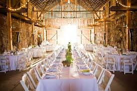 Elegant Barn Wedding Ideas
