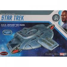 100 Defiant Truck Products Polar Lights 11000 Star Trek USS TowerHobbiescom