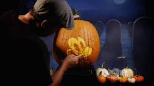 Minnie Mouse Pumpkin Carving by Mickey Mouse Pumpkin Carving Monstober Disney Channel Youtube