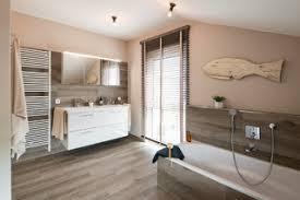 75 badezimmer mit braunen fliesen ideen bilder april