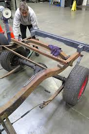 Installing A Parallel Leaf Spring Kit In A 1947-1953 Chevy Truck ...