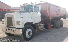 100 Roll Off Dumpster Truck 1981 Mack RS686LST Rolloff Container Truck Item EW9730