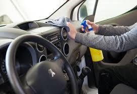 nettoyer siege voiture tissu astuce nettoyage voiture produit lavage auto astuce nettoyer interieur