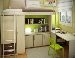 chambre enfant avec bureau chambre enfant plus de 50 idées cool pour un petit espace bedrooms