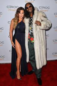 Snoop Dogg Will Be The First Guest On Kocktails With Khloe