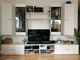 wohnzimmerwand wohnwand tv wand lowboard mit hängeschränke