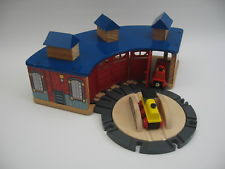 Tidmouth Shed Deluxe Set by Wooden Train Engine Shed Ebay