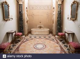 napoleons badezimmer im palazzo pitti in florenz italien