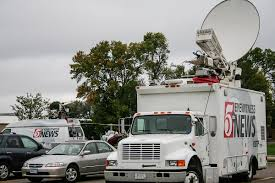 Satellite Truck - Wikipedia