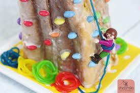 kletterwand kuchen zum kindergeburtstag mit smarties