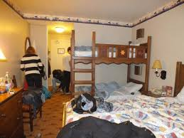 chambre disneyland notre chambre picture of disney s hotel cheyenne marne la vallee