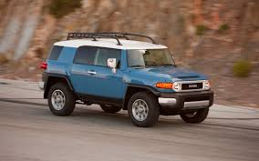 2012 Toyota FJ Cruiser - Photo Gallery - Truck Trend