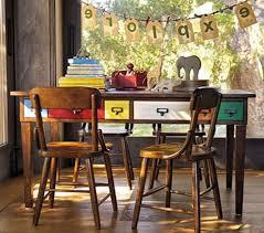le bureau vintage déco deco chambre vintage le bureau d ecolier les enfants adorent