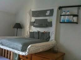 ikea table a langer sur le lit chaios