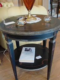 runder tisch mit zwei spitzen für klassische wohnzimmer