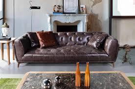 chesterfield sofa capetown in robustem vintage oder afrika leder mit zierknöpfen