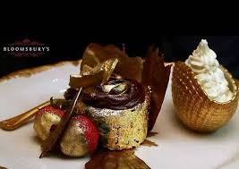 Ihe Golden Phoenix The Worlds Most Expensive Cupcake On Sale In Dubai