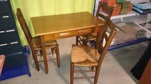 le ancienne de bureau table cuisine bureau 3 chaises bois massif maison meuble ancien