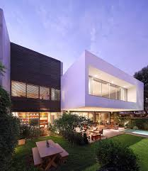 100 House Contemporary Design A Study In Crisp Exquisite M In Lima