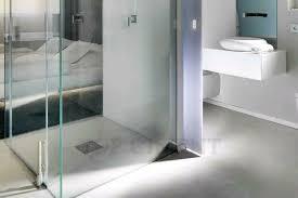 badrenovierung badsanierung fugenlose badezimmer designboden