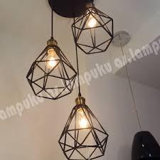 Lampu Gantung Sangkar Isi 3