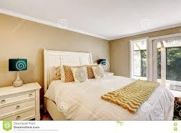 elegantes schlafzimmer herein im amerikanischen stil mit