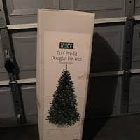 Fred Meyer Christmas Trees by Puget Sound Estate Auctions Completed Auctions