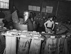 bureau poste lyon une salle de repos de la plateforme industrielle courrier de rennes
