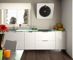plan de travail cuisine blanc cuisine équipée moderne blanc brillant