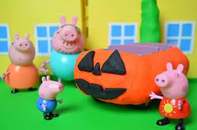 Peppa Pig Pumpkin Carving Ideas by Peppa Pig Halloween Play Doh Pumpkin Car Mammy Pig Daddy