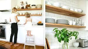 comment bien ranger une cuisine comment ranger la cuisine comment organiser des tag res ouvertes