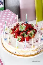 erdbeer biskuit torte mit sahne quark creme was eigenes