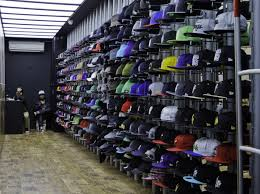 How To Start An Urban Clothing Store