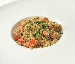 comment cuisiner le quinoa comment cuisiner le quinoa cool salade de quinoa with comment