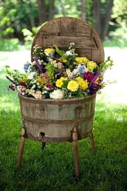 Rustic Garden Impressive Style With Its Attractive Elements Diy Fence
