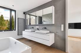 75 badezimmer mit braunem holzboden ideen bilder april