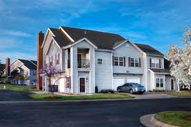 3 Bedroom Apartments Wichita Ks by Home Wichita Apartments Quarters At Cambridge East Side Location